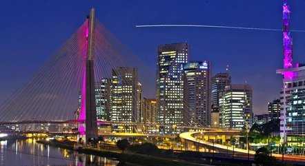 Para comprar um imóvel padrão em São Paulo, de 65m², é preciso desembolsar, em média, R$ 590 mil