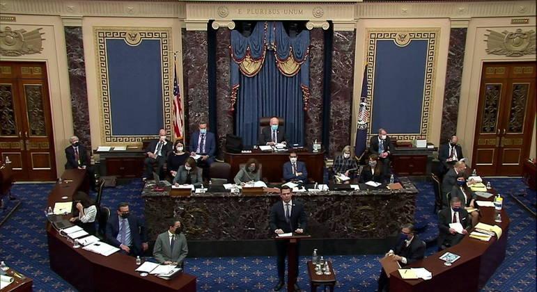 Julgamento de Donald Trump no Senado entrou no segundo dia