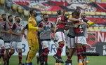 Compraria também todos os jogadores do Flamengo, time com elenco mais valioso do Brasil. O argentino gastaria cerca de R$ 785 milhões para ser dono do time da Gávea