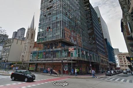 Imagem mostra local onde ficava prédio que desabou