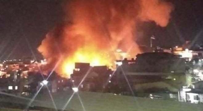 Moradores compartilham nas redes sociais imagens dos incêndio no bairro
