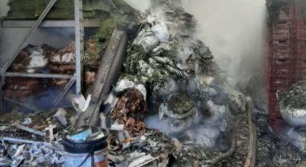 Incêndio destrói loja de produtos naturais no Brás, centro de SP