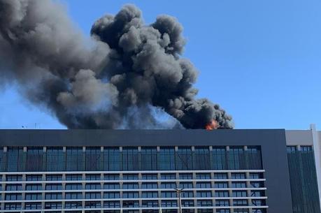 Incêndio é controlado no Hospital Santa Luzia, em Brasília