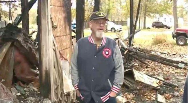 Veterano salva casal durante incêndio em sua casa
