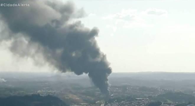 Fumaça pode ser vista de municípios da Grande São Paulo