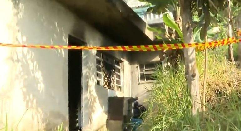 Homem de 50 anos morre após inalar fumaça de incêndio em Itapevi, na Grande São Paulo