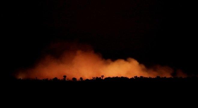 Região próxima a Humaitá, Amazonas, em chamas
