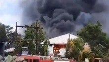 Incêndio em fábrica na Índia deixa ao menos 15 mortos