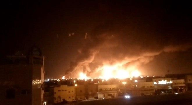 Incêndio na refinaria de Abqaiq foi causado por ataque com drones