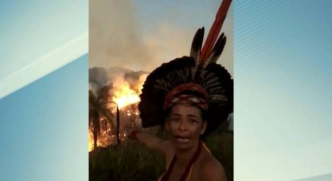 Incêndio atingiu mata próxima à aldeia Naô Xohã  na Região Metropolitana de Belo Horizonte