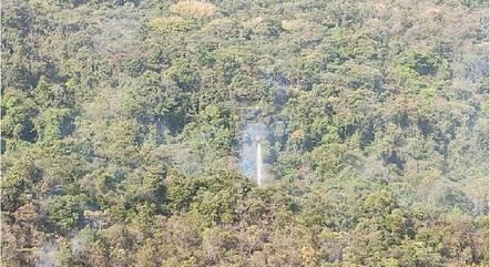 Helicópteros apoiam operação dos Bombeiros