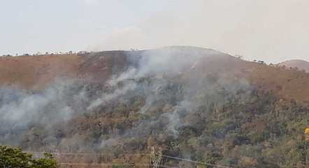 Bombeiros continuam atuando na região