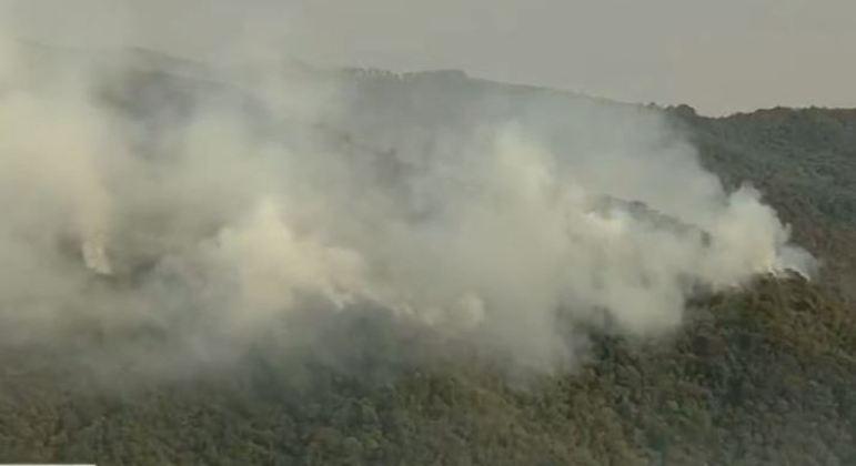 Incêndio atinge Serra do Japi,  na manhã desta terça-feira (24)