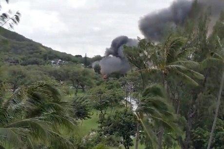 Fumaça das casas incendiados tomou o céu de Honolulu