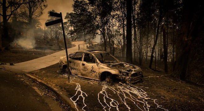 Incêndios na Austrália causam cenas dignas de capas de Black Metal