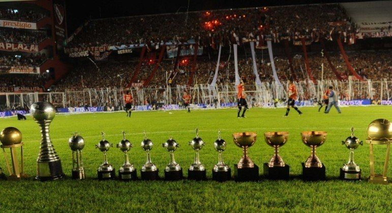 Avellaneda, uma sala de troféus do Independiente