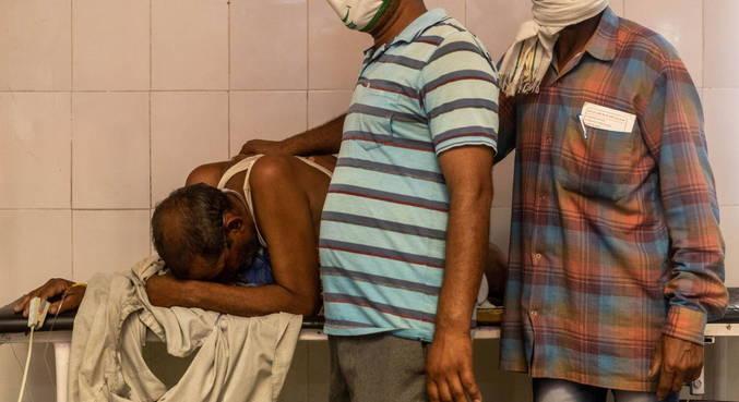 Pandemia de covid-19 já matou mais de 270 mil pessoas na Índia