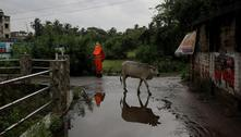 Índia retira 1 milhão de pessoas de suas casas antes de ciclone