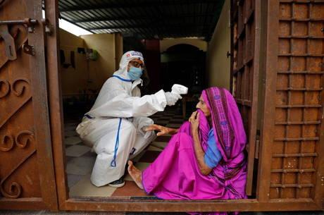 Índia passa dos 5 milhões de casos de covid-19