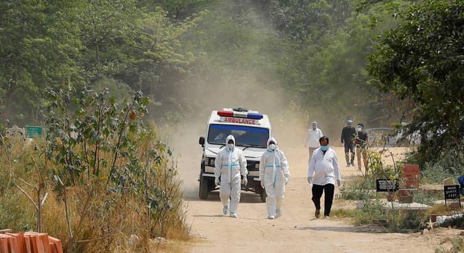 Índia supera 200 mil mortes por covid-19