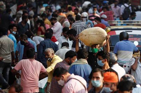 Índia chega aos 8 milhões de casos de covid-19