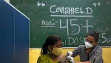 Governo indiano oferece vacina e promove ioga para combater covid