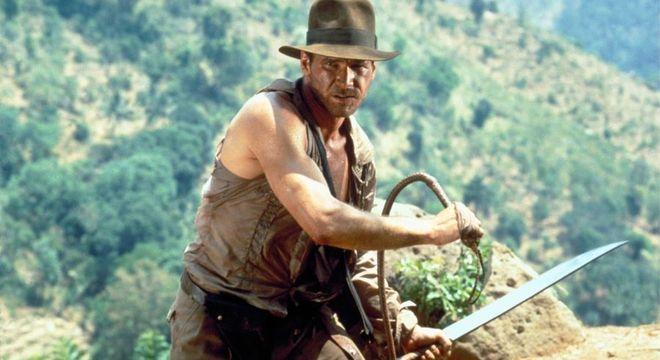 Harrison Ford, nos anos 80, interpretando Indiana Jones