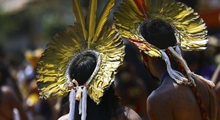 Estudantes quilombolas e indígenas protestam por acesso a universidade