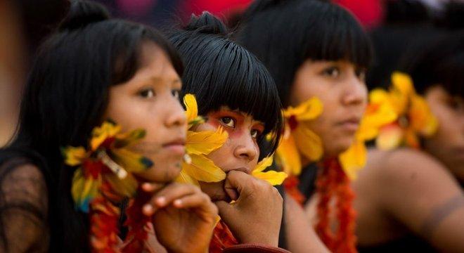 O processo de demarcação de terras indígenas depende de aval presidencial, por meio de decreto