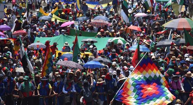 Marcha de indígenas irá até a capital, Bogotá, para se reunir com Ivan Duque