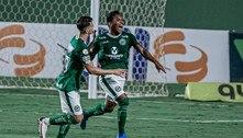 Atlético-MG perde para o Goiás por 1 a 0 e continua longe dos líderes