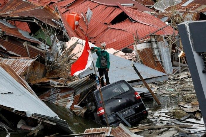 Indonésia prorroga busca por vítimas de terremoto até 6ª feira