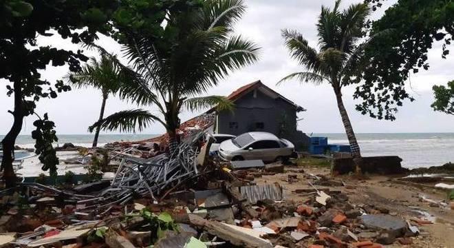 Itamaraty informa que não há brasileiros entre vítimas na Indonésia