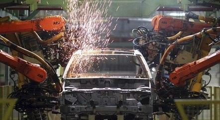 Produção de veículos cresceu 56,9% no 1º semestre