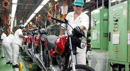 Montadoras produziram 53,6 mil motos em janeiro
