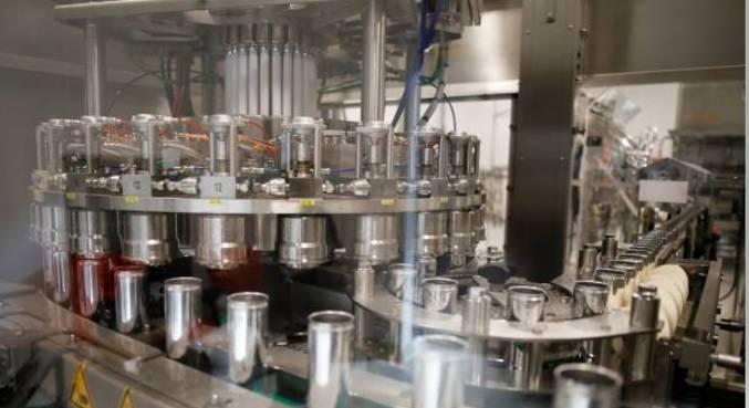 Setor de máquinas e equipamentos cresceu em agosto, afirma associação