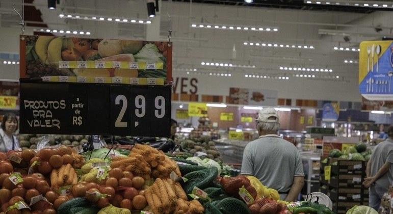 Índice de preços ao consumidor sobe em dezembro e termina 2020 com alta de 5,62%