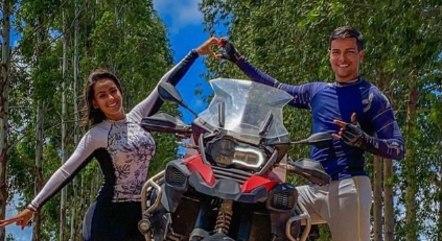 Viagens de moto eram um dos hobbies do casal