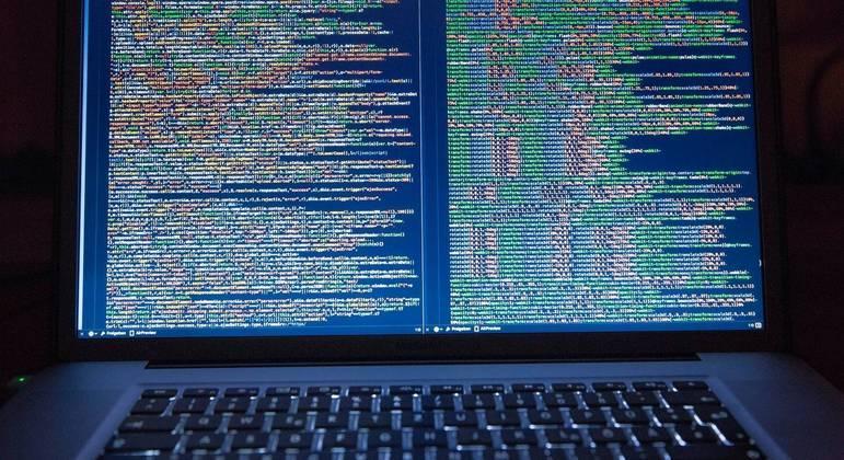 Avanço da informação gerado pela internet nos conduz a um retrocesso