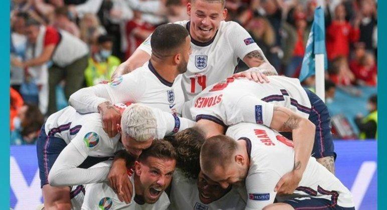 A euforia dos pupilos de Southgate pelo seu desembarque na decisão de Wembley