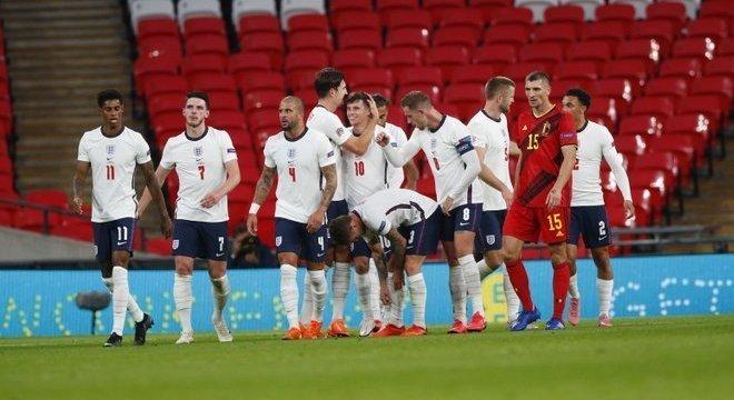 Inglaterra 2 X 1 Bélgica, o destaque do domingo na LN