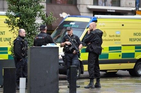 Ataque em shopping deixou 5 feridos