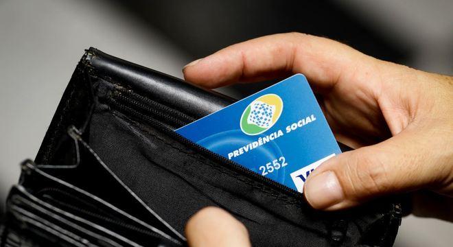 Em reforma, aposentadoria pode perder alta da inflação