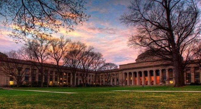 O Instituto de Tecnologia de Massachusetts (MIT)