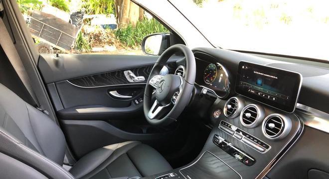 Como parte do processo de renovação da marca, o GLC adora o sistema Mercedes-Benz User Experience (MBUX)