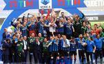 Onze anos após a sua ultima conquista, a Inter de Milão levantou novamente a taça de campeão italiano. A vitoriosa temporada da equipe comandada por Antonio Conte teve seu fim com o19º titulo do campeonato italianoMesmo com o CR7 no banco, a Juve consegue sua vaga na Champions