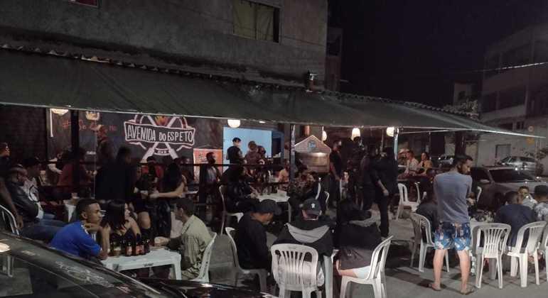 Força-tarefa da Prefeitura de Betim encontrou 8 bares funcionando de forma irregular