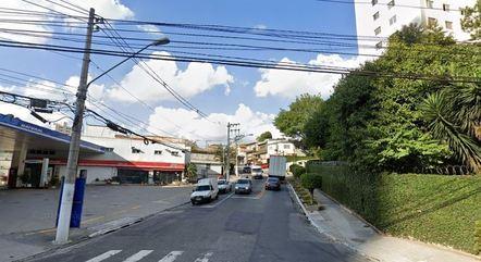 Rua onde homem foi morto pela PM