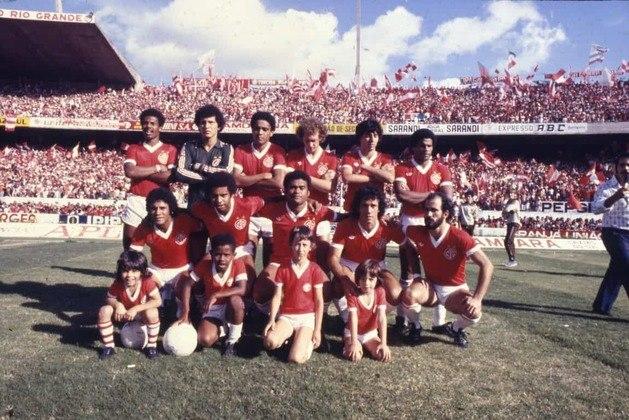 Internacional - 4 títulos: três Campeonatos Brasileiros e uma Copa do Brasil