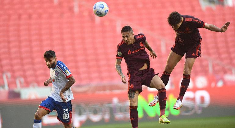 Rodrigo Dourado marcou o segundo gol do Inter e confirmou vitória diante do Bahia
